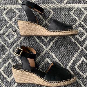 [Clarks]• artisan espadrille wedge sandals